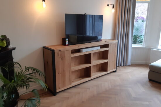 Eiken TV meubel met lift